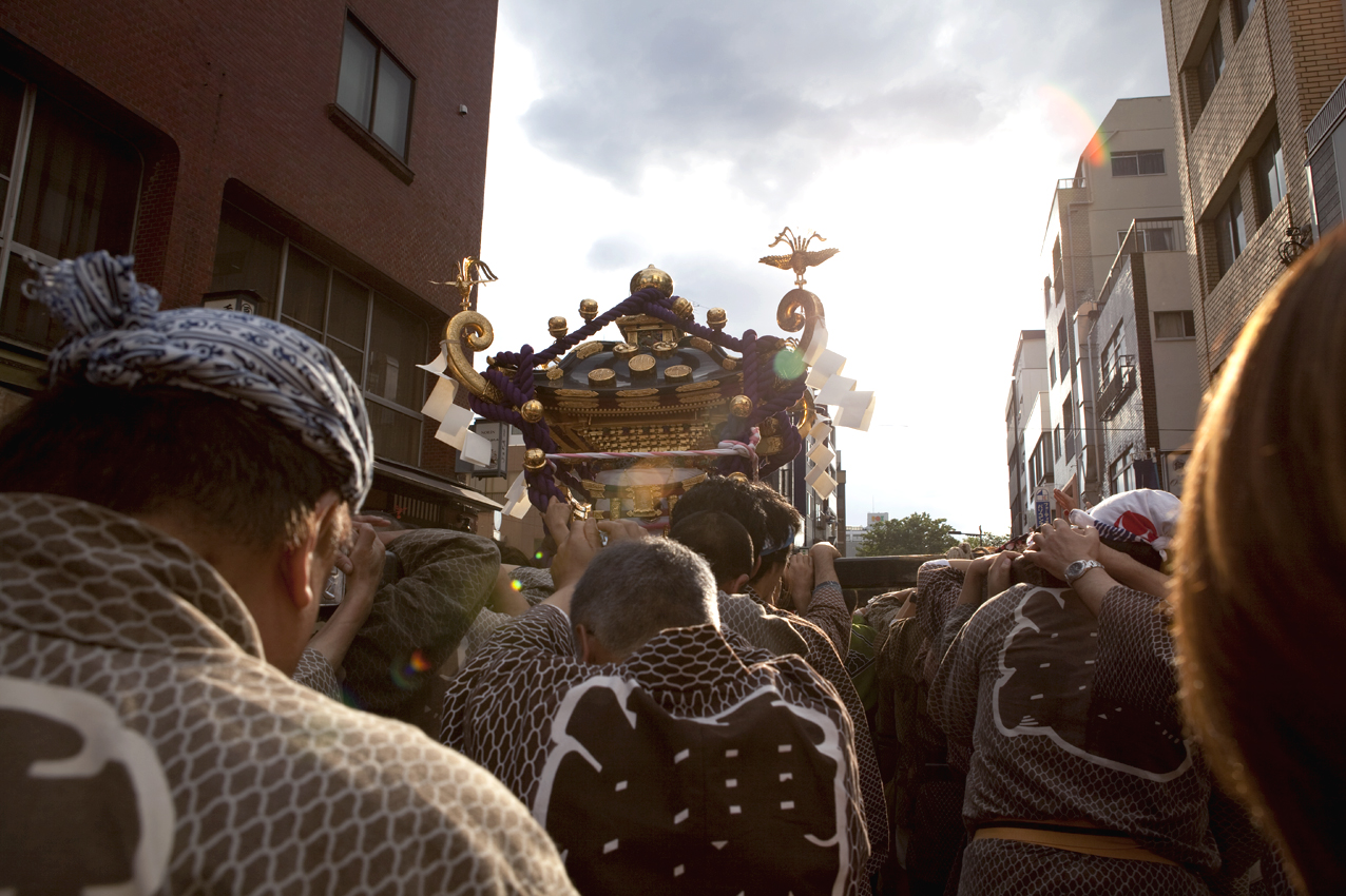 The Last Day of Sanja Matsuri Today! (May 18th) Get your mobile phones out & welcome portable Gods