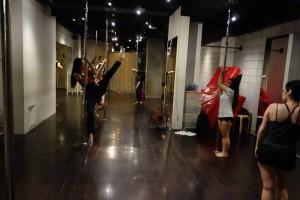 pole dancing2