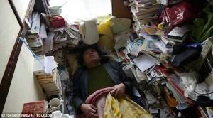 tokyo-clutter