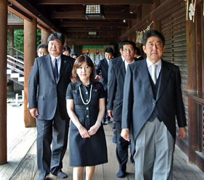 Abe PM during his controversial Yasukuni Shrine visit